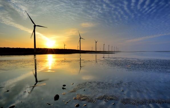 Картинка море, вода, закат, мель, лопасти, ветряные мельницы