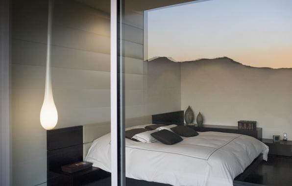 Картинка стекло, дизайн, отражение, комната, лампа, кровать, интерьер, окно, спальня