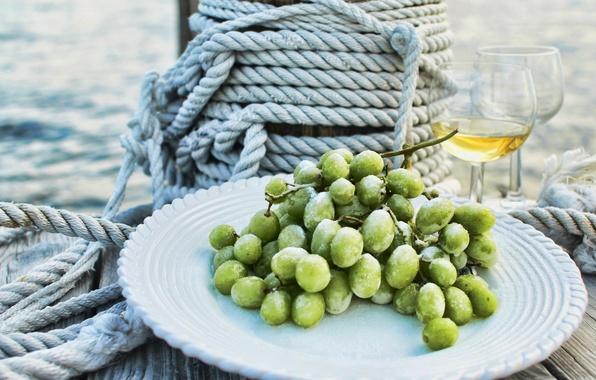 Картинка море, капли, вино, бокалы, тарелка, виноград, канат