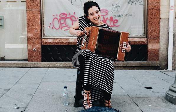 Картинка девушка, музыка, улица
