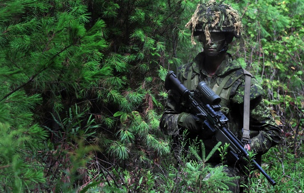 Картинка gun, forest, soldier, weapon, man, sniper, rifle, US Army, scope, gloves, uniform, special forces, bulletproof …