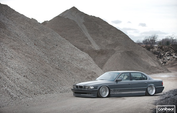E38 BMW 740il Tuning Canibeat Stance