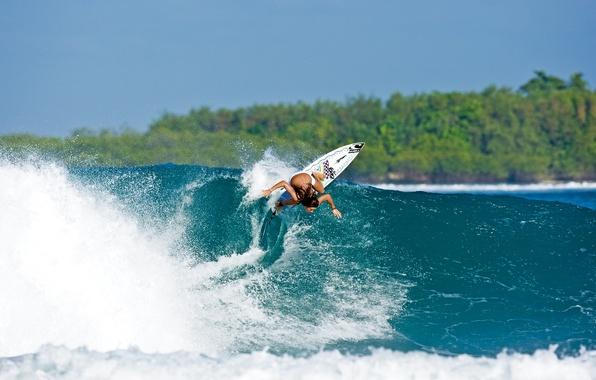 Картинка девушка, спорт, волна, серфинг, доска, Surfing