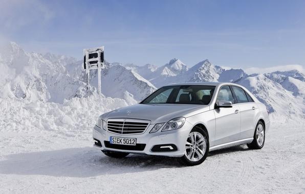 Картинка зима, снег, горы, машины, природа, мерседес, auto, mercedes-benz e class 4matic