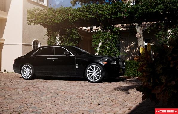 Картинка машина, авто, Rolls Royce, Ghost, бок, CVT, Vossen, Wheels