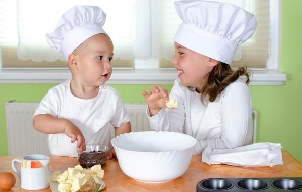 Картинка стол, яйцо, мальчик, малыш, кухня, плита, девочка, girl, ребёнок, boy, baby, eggs, специи, table, cook, …