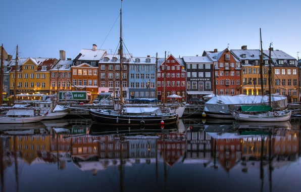 Картинка отражение, здания, лодки, Дания, канал, набережная, суда, Denmark, Copenhagen, Копенгаген, Nyhavn, Новая гавань, Нюхавн, New ...