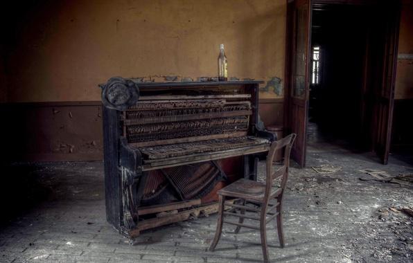 Картинка музыка, бутылка, стул, пианино