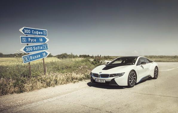 Картинка небо, тень, колеса, спереди, солнечный, BMW i8, признаки