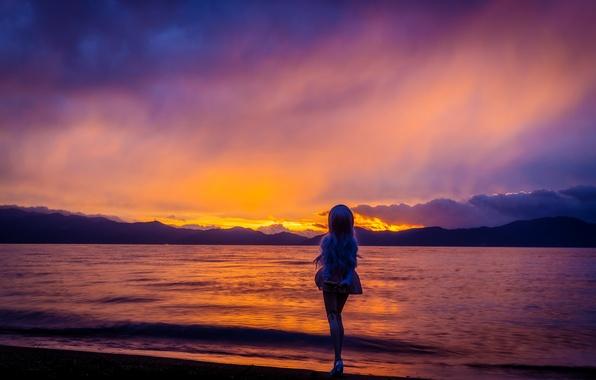 Картинка море, небо, закат, игрушка, кукла, блондинка