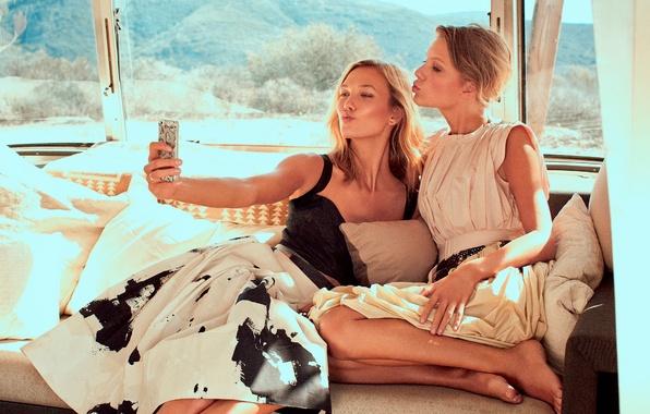 Картинка Taylor Swift, фотосессия, Karlie Kloss, 2015, Vogue magazine