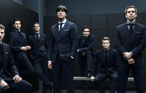 Картинка Германия, раздевалка, team, football, костюмы, bender, сборная, german, Neuer, Manuel, Marco, Julian, Reus, Draxler, Löw, …