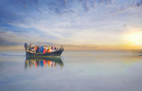 Картинка sunset, lake, people, pier, boat, dunes