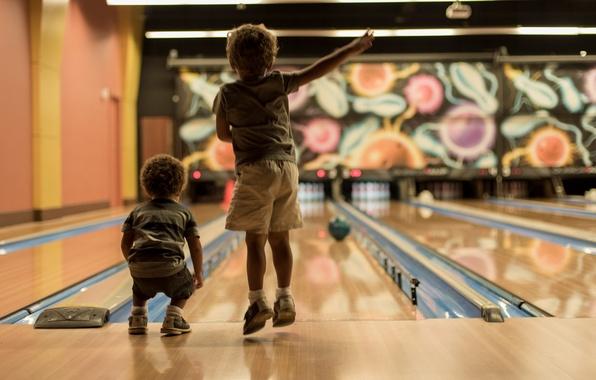 Картинка спорт, мальчики, боулинг