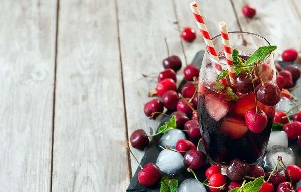 Картинка лед, стакан, напиток, мята, вишни, трубочки, лимонад