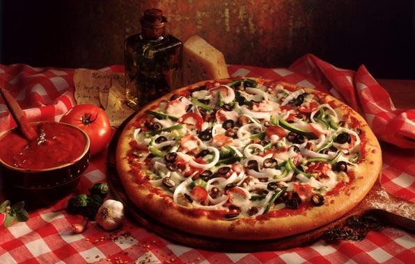 Картинка стол, сыр, лук, доска, пицца, помидор, оливки, колбаса, board, маслины, чеснок, болгарский перец, table, cheese, …