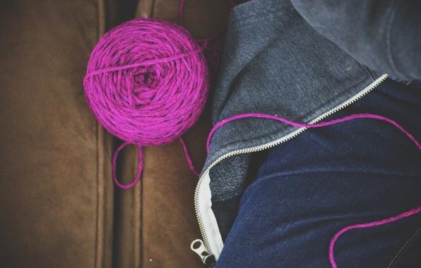 Картинка клубок, джинсы, нитки