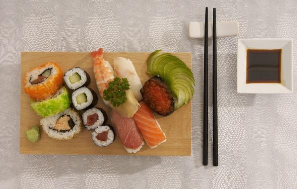 Фото обои палочки, японская кухня, вкусно, красная икра, еда, роллы, морепродукты, пища, соевый соус, суши