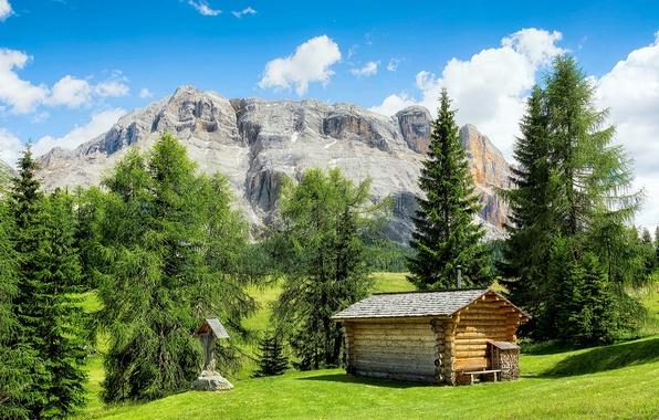 Картинка поле, небо, трава, солнце, облака, деревья, горы, дом, скалы, Италия, изба, La Valle