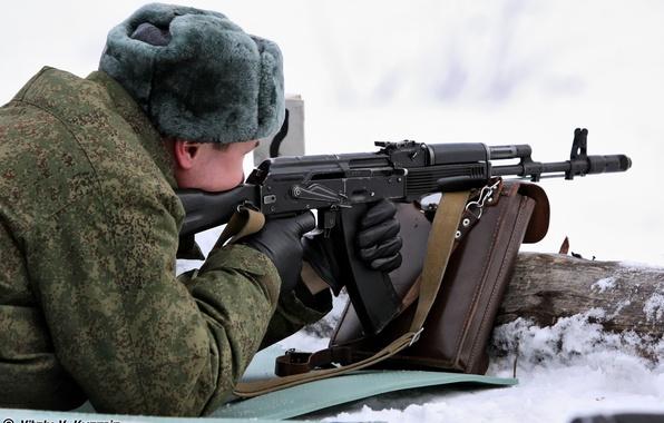 Картинка снег, шапка, солдат, цифра, перчатки, сумка, ушанка, ВДВ, Десантник, АК-74М, Стрельбище