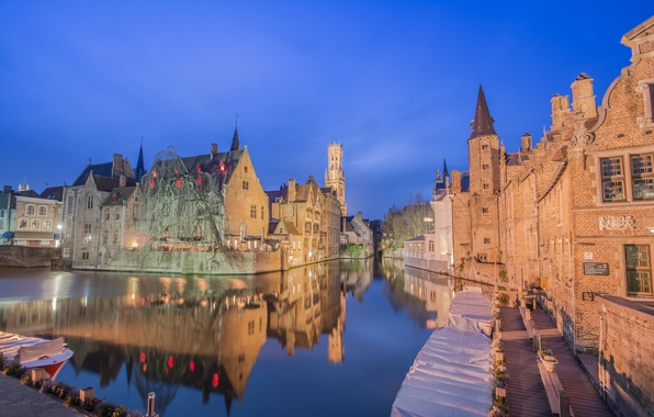 Картинка ночь, огни, лодка, дома, канал, Бельгия, Брюгге