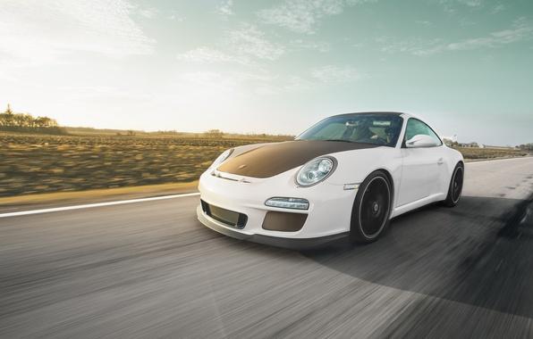 Картинка дорога, белый, 911, Porsche, white, спорткар, порше, GT3, в движение
