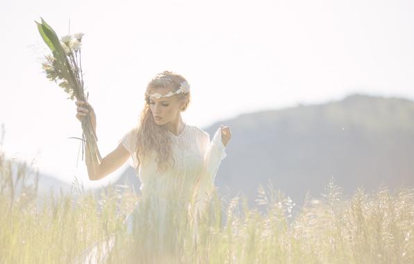 Картинка поле, трава, девушка, платье