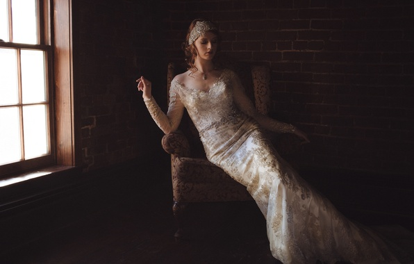 Картинка поза, стиль, кресло, фигура, платье, окно, MacKenzie Deighan