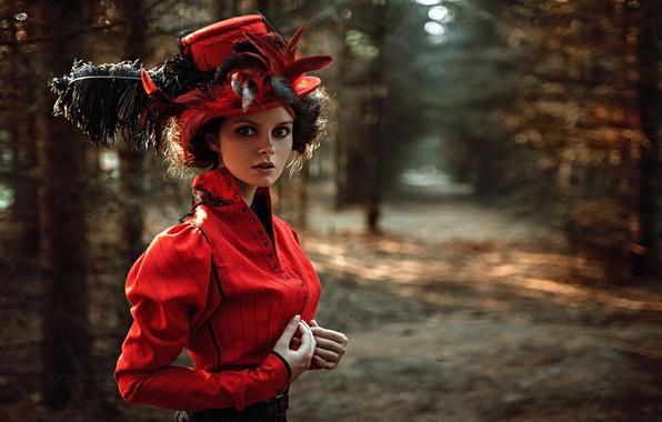 Картинка взгляд, девушка, лицо, парк, портрет, шляпа, перья, платье, прическа, light, прелесть, nature, sunset, art, beauty, …