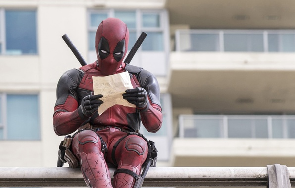 Картинка City, Action, Ryan Reynolds, Red, Assassin, Black, with, and, Wallpaper, Deadpool, Year, MARVEL, reading, Weapons, …