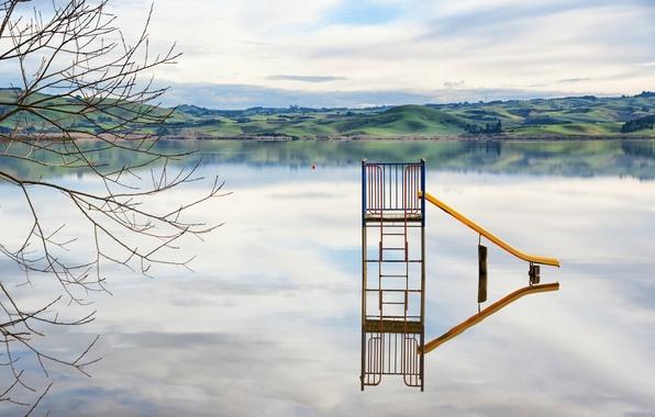 Картинка зелень, небо, облака, ветки, природа, озеро, отражение, дерево, холмы, берег, Новая Зеландия