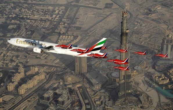 Картинка самолет, большой, ястреб, Emirates, семейство, пассажирский, для, Hawk, Royal Air Force, штурмовиков, небе, легких, воздушных, …