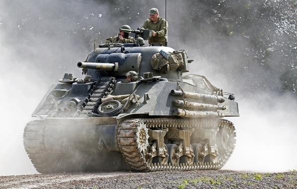 Картинка пыль, танк, средний, M4 Sherman, «Шерман»