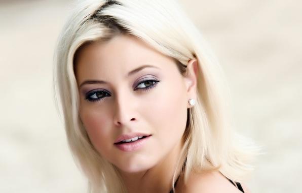 Картинка взгляд, девушка, лицо, человек, портрет, макияж, актриса, блондинка, красавица, певица, Holly Valance, Холли Вэлэнс