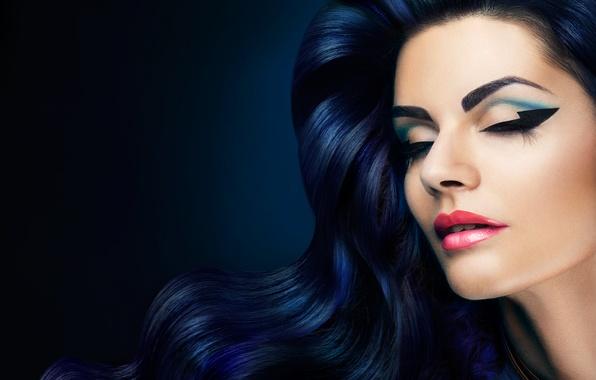 Картинка девушка, ресницы, стиль, волосы, макияж, закрытые глаза, волнистые