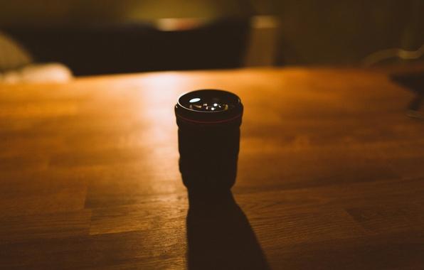 Картинка свет, стол, тень, объектив, Canon, 135mm f2L