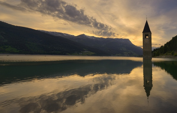 Картинка закат, горы, озеро, вечер, Италия, часовня