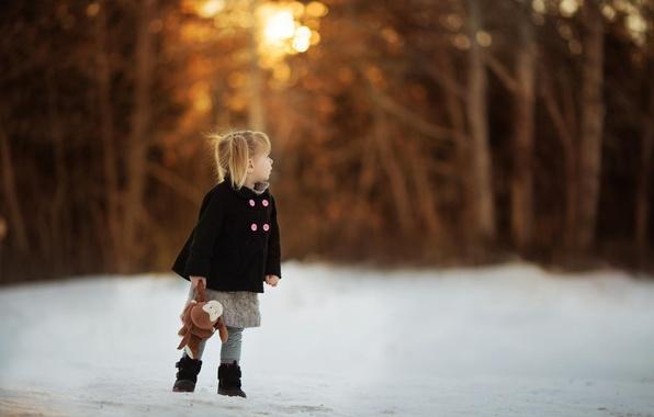 Картинка игрушка, девочка, пальто, боке
