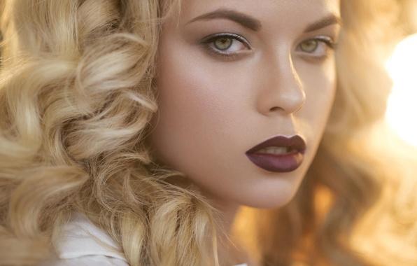 Картинка взгляд, девушка, портрет, макияж, губы
