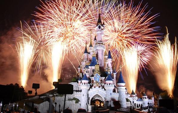 Картинка замок, Франция, Париж, Ночь, фейерверк, Paris, Диснейленд, France, castle, Disneyland, Cinderella castle