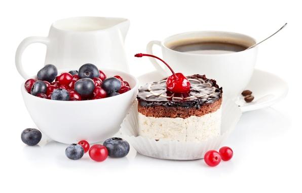 Картинка ягоды, кофе, еда, сливки, тарелка, ложка, чашка, пирожное, десерт