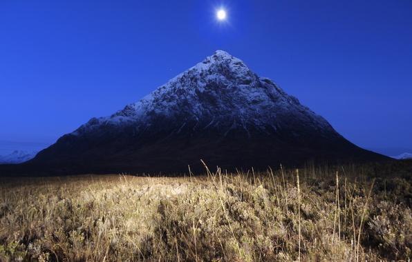 Картинка поле, трава, ночь, луна, гора