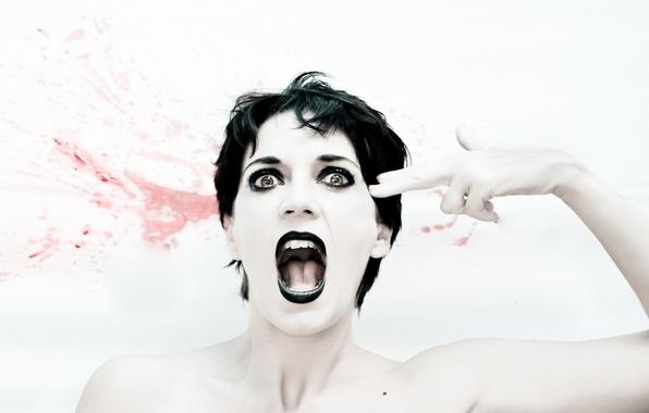 Картинка девушка, эмоции, ситуация, выстрел, крик