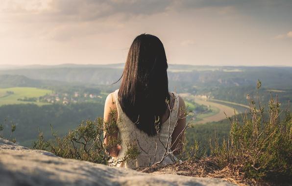 Картинка girl, rock, river, long hair, dress, mountain, evening, village, hair, valley, top, horizon, vegetation