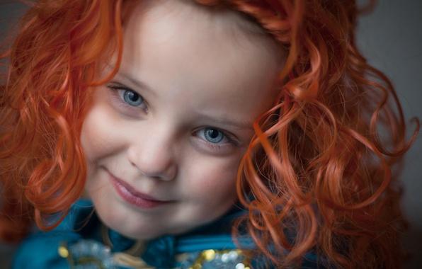 девочка улыбается картинки