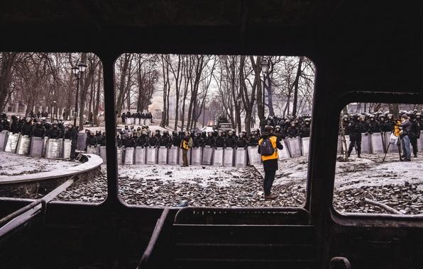 Картинка противостояние, Киев, Day of Truce