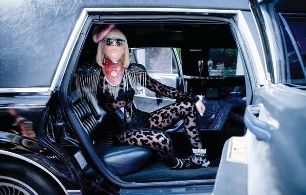 Картинка car, девушка, music, актриса, певица, fashion, знаменитость, pink, singer, fame, Lady Gaga, icon, pop, Леди …