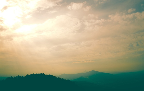 Картинка небо, облака, пейзаж, горы, туман, green, небеса, утро, дымка, trees, landscape, photo, mountains, heaven, clouds, …