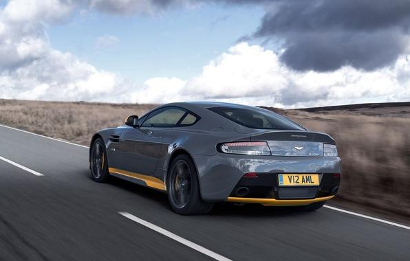 Картинка дорога, машина, Aston Martin, скорость, суперкар, supercar, вид сзади, V12, Vantage S, Sport-Plus Pack, speed. …