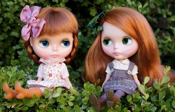 Картинка природа, девочки, игрушки, куклы, рыжие, сидят